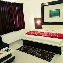 Hotel Himalaya Pachmarhi in Raiwala