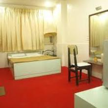Hotel Hirkani in Kurandvad