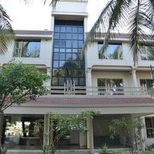 Hotel Hrushikesh in Kopargaon