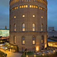 Hotel Im Wasserturm in Cologne