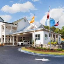 Hotel Indigo Atlanta Vinings in Atlanta