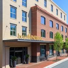 Hotel Indigo Old Town Alexandria in Washington