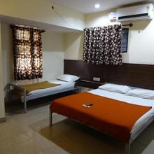 Hotel J M Comfort in Chik Banavar