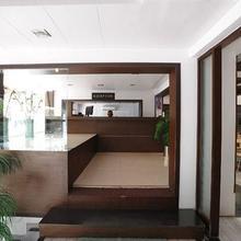 Hotel Jalsagar in Jhagadia