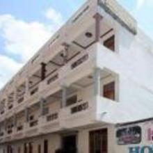 Hotel Jamuna Palace in Dami