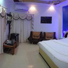 Hotel Jazira in Pardi