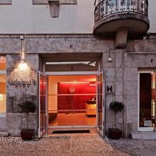 Hotel Jeronimos 8 in Lisbon