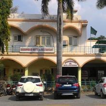 Hotel Kadambari in Satna