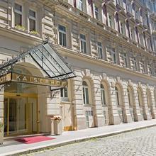 Hotel Kaiserhof Wien in Vienna