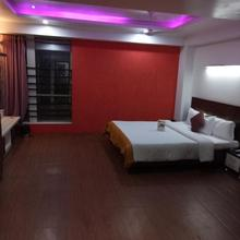 Hotel Kalinga Lake View in Naroda