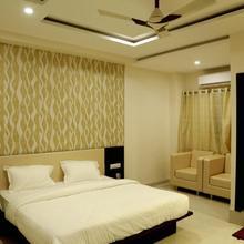 Hotel Kamad Giri,ujjain in Ujjain