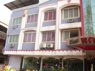 Hotel Kamal Regency in Chiplun