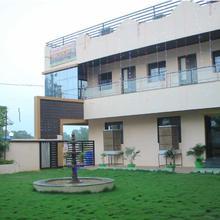 Hotel Kanha Heritage in Damoh