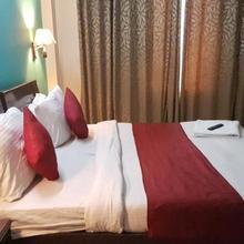 Hotel Kartik Inns in Dera Mandi
