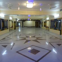 Hotel Kartik Residency in Mansi