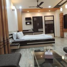 Hotel Kashish International in Kalyan