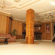 Hotel Kashmir Residency in Dami