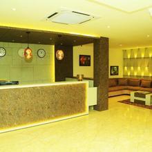 Hotel Kek Grand Park in Chennai