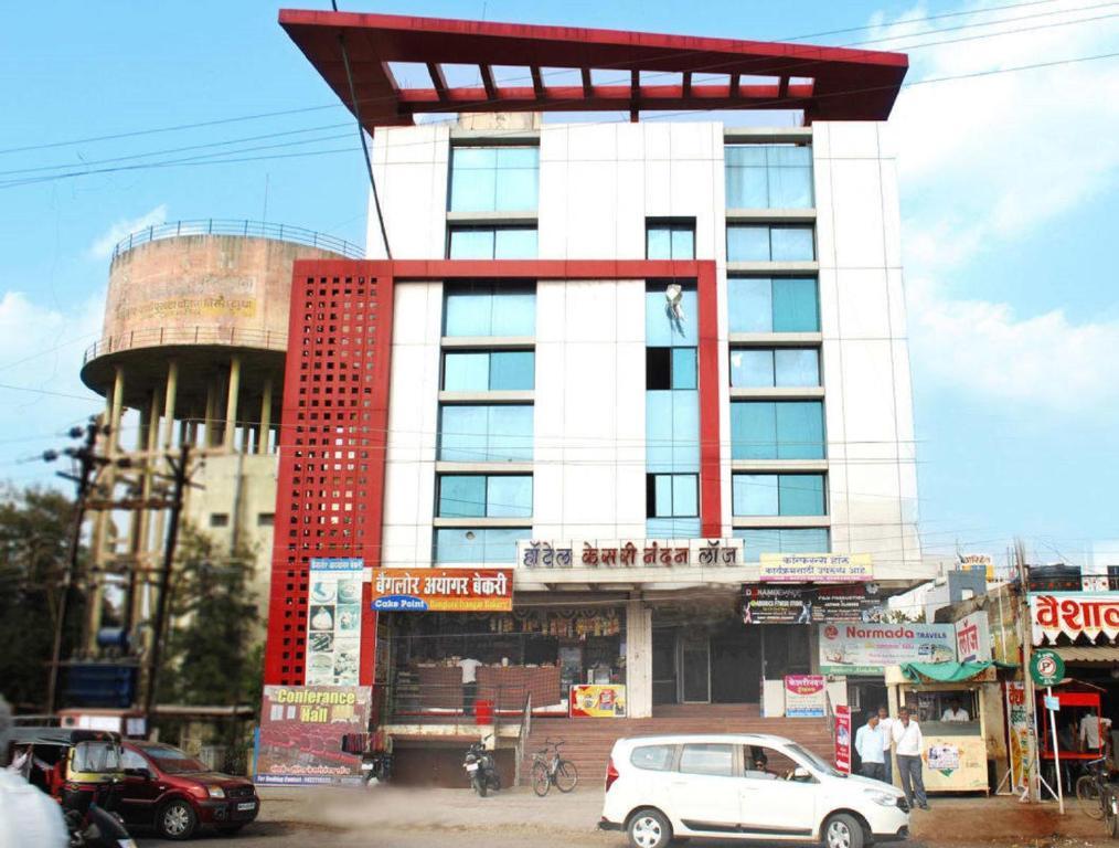 Hotel Kesari Nandan in Latur
