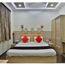 Hotel Keshav in Delvada