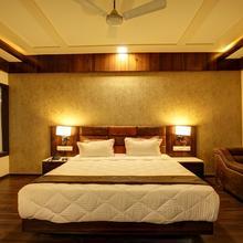 Hotel Keshwaras Residency in Jamnagar