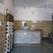 Hotel Khandelwal in Ghosrana