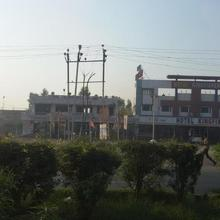 Hotel Kingfisher in Bharuch