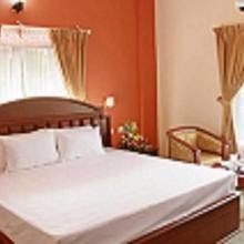 Hotel Kr Grand Residency in Vadakkancheri