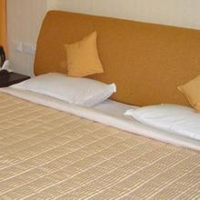 Hotel Krishna in Kushinagar