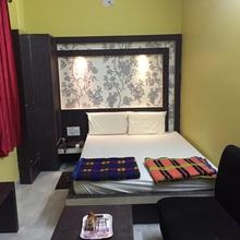 Hotel Krishna in Rampur