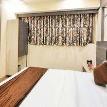Hotel Krishna Palace in Gandhinagar