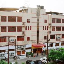 Hotel Krishna Sagar in Pilkhua