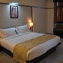 Hotel Krishna Sagar in Adhyatmik Nagar