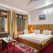 Hotel Kullu Valley in Bhuntar