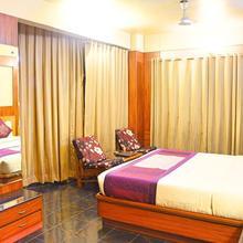 Hotel Kundan Palace in Pune