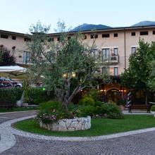 Hotel La Grotte in Broccostella