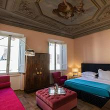 Hotel La Scala in Florence