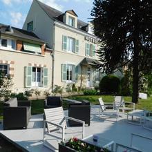 Hotel La Villa Marjane in Combleux
