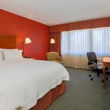 Hotel Lakewood in Denver