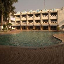 Hotel Landmarcplaza in Mahishadal