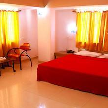 Hotel Landmark in Kolhapur