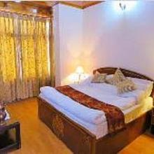Hotel Lasermo Guest House in Leh