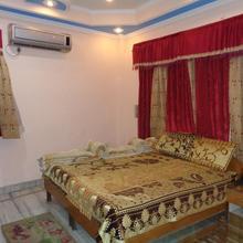 Hotel Laxmi Palace in Dehradun