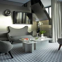 Hotel Le Montana in Paris