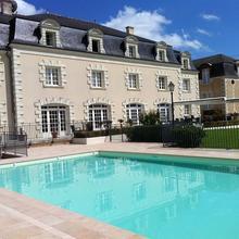 Hotel Le Relais Du Bellay in Saix
