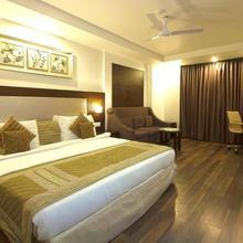 Hotel Le Roi in New Delhi