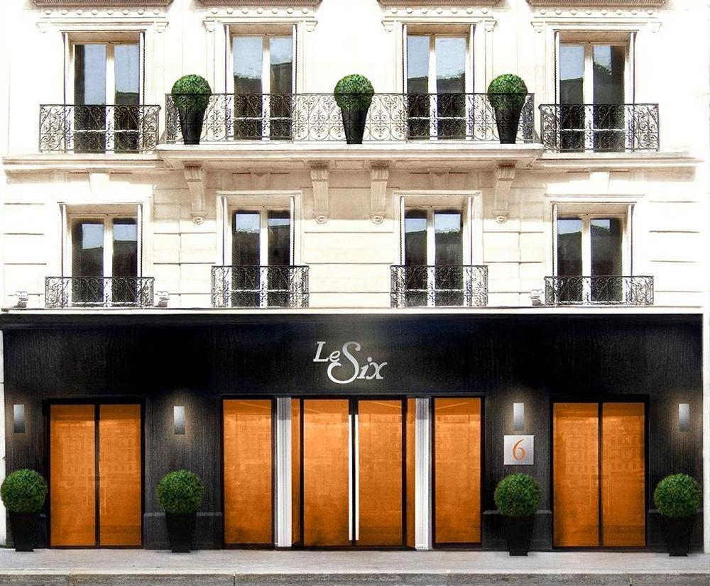 Hotel Le Six in Paris