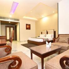 Hotel Leela Grande in Karnal
