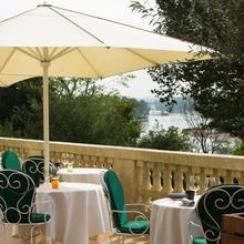 Hotel Les Hautes Roches in La Riche