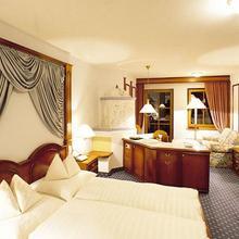 Hotel Liebes Rot Flüh in Kappl